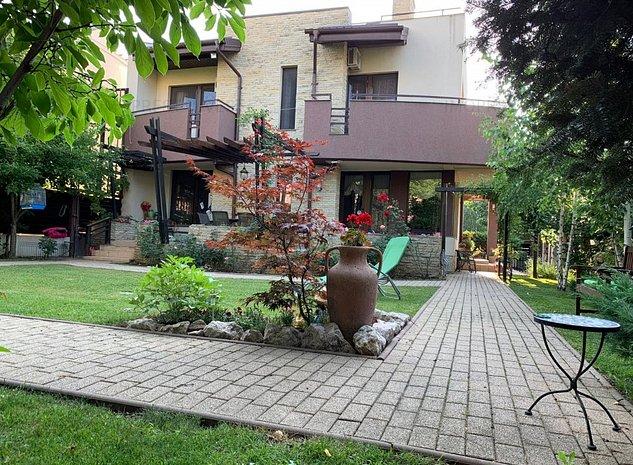 Vila moderna pe o strada frumoasa! - imaginea 1