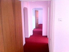 Apartament de închiriat 4 camere, în Bucureşti, zona Calea Călăraşilor