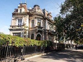Casa de vânzare 19 camere, în Bucureşti, zona Romană