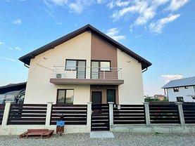 Casa de vânzare 4 camere, în Crevedia, zona Sud