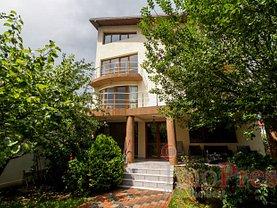 Casa de închiriat 8 camere, în Pantelimon, zona Est