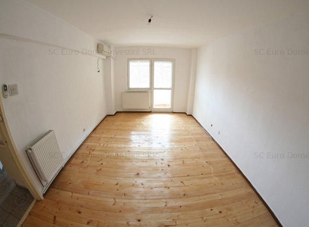Apartament decomandat si luminos in zona linistita - imaginea 1
