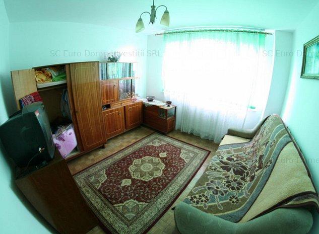 Apartament insorit langa statie de autobuz zona Cubix - imaginea 1