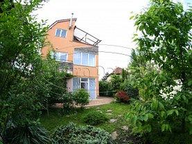 Casa de închiriat 10 camere, în Brasov, zona Grivitei