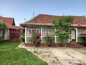 Casa de vânzare 4 camere, în Perşani, zona Est