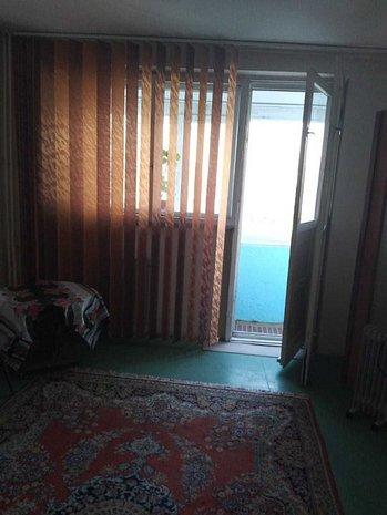 Vanzare apartament 3 camere Soseaua Pantelimon - imaginea 1