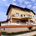 Casa de închiriat 11 camere, în Bucuresti, zona Baneasa