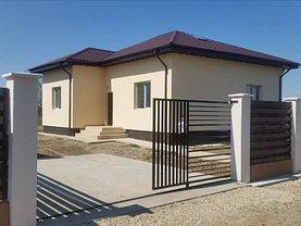 Casa de vânzare 3 camere, în Sabareni