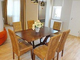 Apartament de închiriat 3 camere, în Brasov, zona Centrul Civic