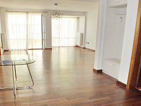 Apartament de vânzare sau de închiriat 3 camere, în Brasov, zona Racadau