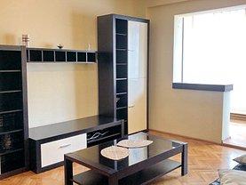 Apartament de închiriat 4 camere, în Braşov, zona Griviţei