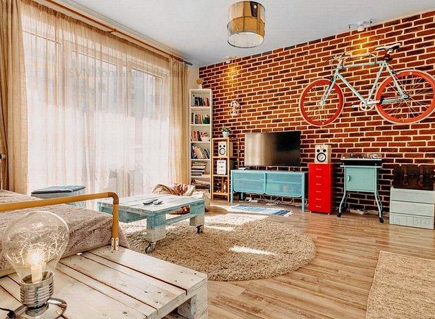 Coldwell Banker Alpin: Apartament Avantg: living