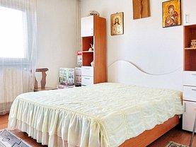 Apartament de vânzare 3 camere, în Braşov, zona 13 Decembrie