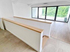 Apartament de vânzare 3 camere, în Braşov, zona Warthe
