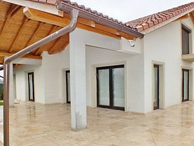 Casa de vânzare 4 camere, în Stupinii Prejmerului