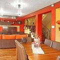 Casa de vânzare 8 camere, în Cristian