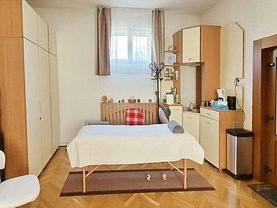 Casa de închiriat 4 camere, în Braşov, zona Centrul Civic