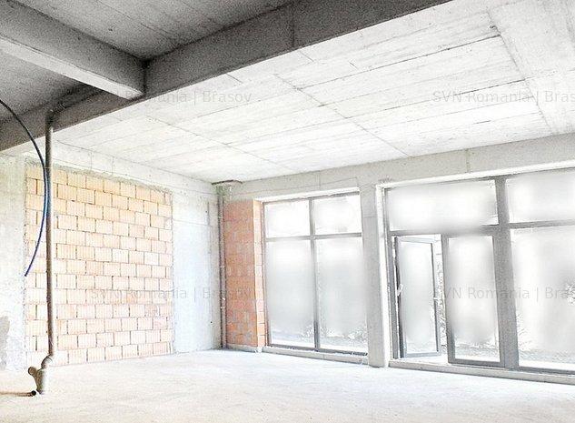 Spatiu comercial din constructie pretabi: Spatiu comercial din constructie pretabil multor activitati