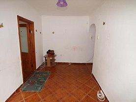 Apartament de vânzare 2 camere, în Focşani, zona Bahne