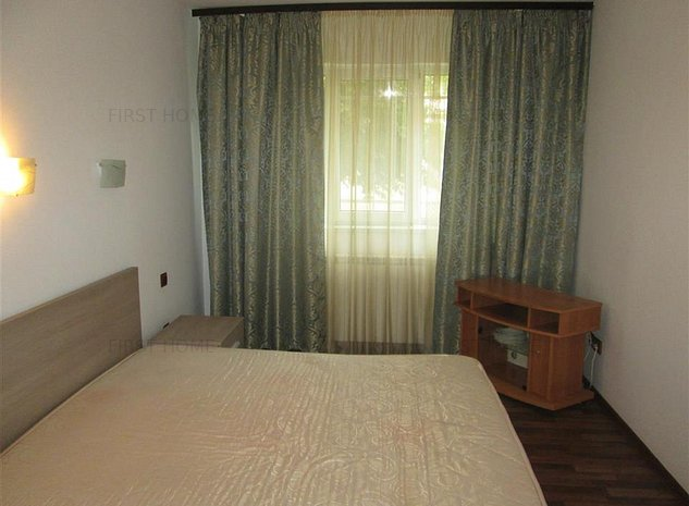 Apartament 2 camere, mobilat , zona Jandarmerie - Brailei - imaginea 1