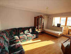 Apartament de închiriat 4 camere, în Focşani, zona Nord