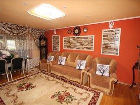 Apartament de vânzare 2 camere, în Focşani, zona Brăilei