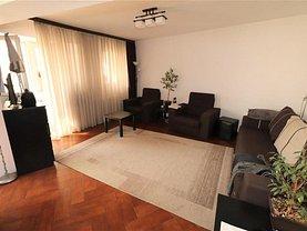 Apartament de vânzare 3 camere, în Focşani, zona Brăilei
