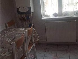 Apartament de închiriat 4 camere, în Focsani, zona Est