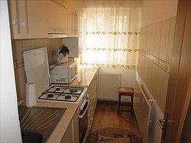 Apartament de închiriat 3 camere în Focsani, Central