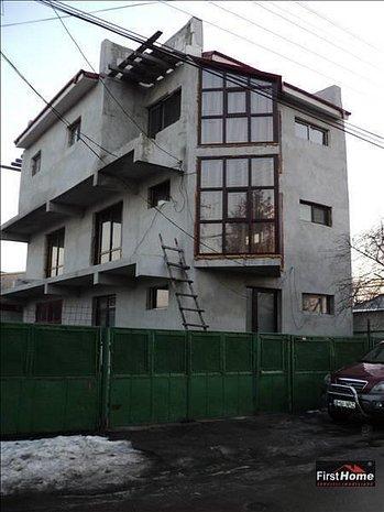Casa P+2 zona Finante - imaginea 1