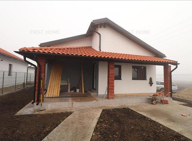 Casa noua, 2 domitoare, living, bucatarie, baie, terasa zona Dedeman - imaginea 1