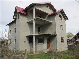 Casa de vânzare 7 camere, în Petresti