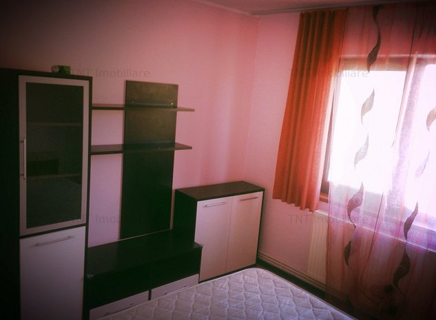 Apartament 2 camere de inchiriat zona Pd Ros Bulevard - imaginea 1