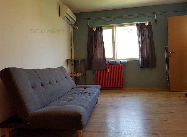 Apartament 2 camere in Tatarasi Piata Doi Baieti la 220 euro - imaginea 1