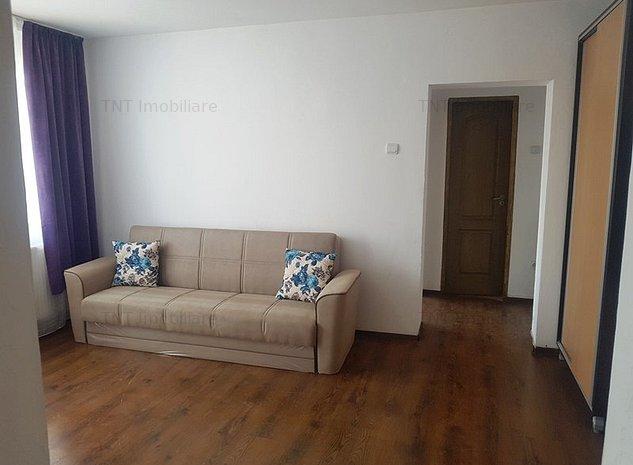 Inchiriere apartament 2 camere zona Pd Ros-bulevard - imaginea 1