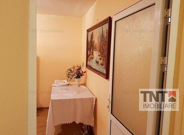 Apartament 2 camere decomandat 50 mp utili Pacurari 250 euro mobilat si utilat - imaginea 1