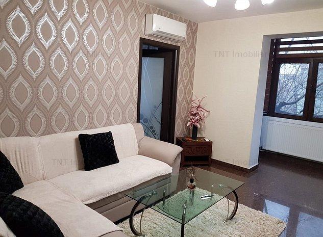 Apartament 3 camere de inchiriat zona Podu Ros - imaginea 1