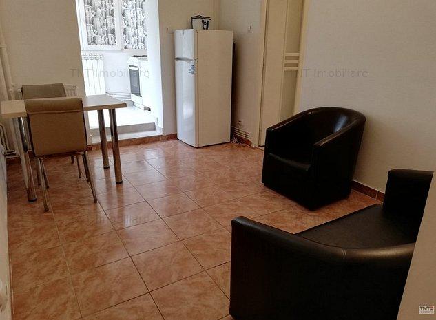 Apartament 1 camera decomandat de inchiriat zona Tatarasi Gradinari - imaginea 1