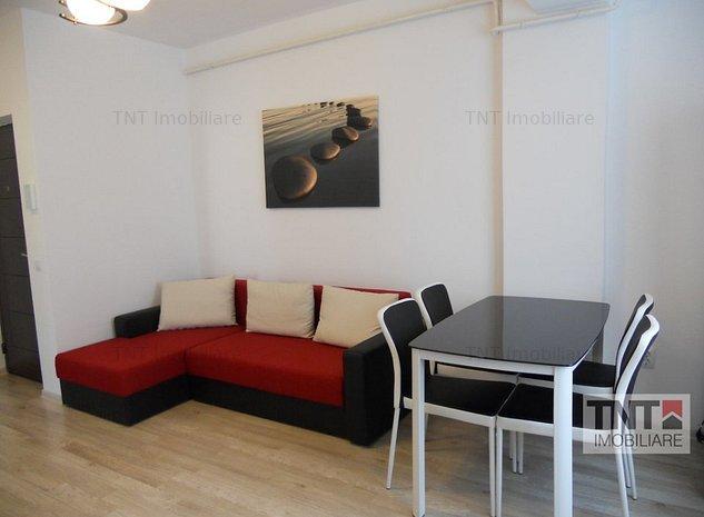 Inchiriere apartament bloc nou 3 camere open space, Centru-Palas - imaginea 1