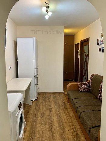 Apartament 1 camere de vanzare zona Nicolina-Prima Statie - imaginea 1
