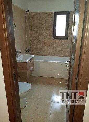 Apartament cu 3 camere decomandat in Pacurari la 265euro - imaginea 1