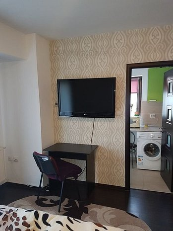 Apartament de 35mp in bloc nou la bulevard in Pacurari la 250euro - imaginea 1