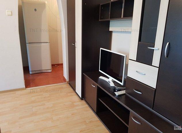 Apartament de vanzare 2 camere zona Pd Ros - imaginea 1