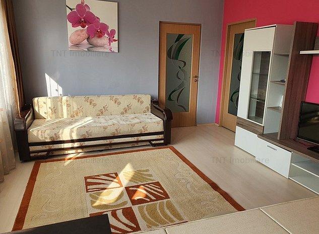 Inchiriere apartament 2 camere Central-Palas - imaginea 1