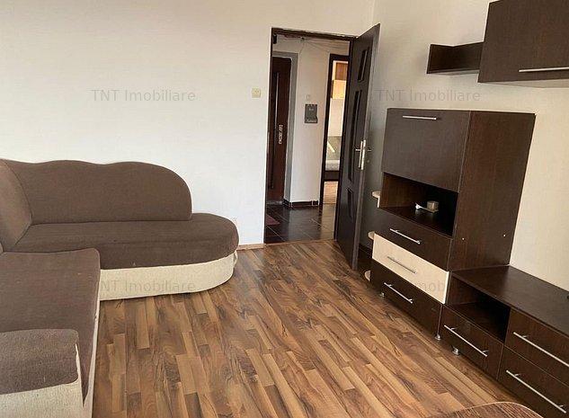 De vanzare apartament 3 camere,Tatarasi - imaginea 1