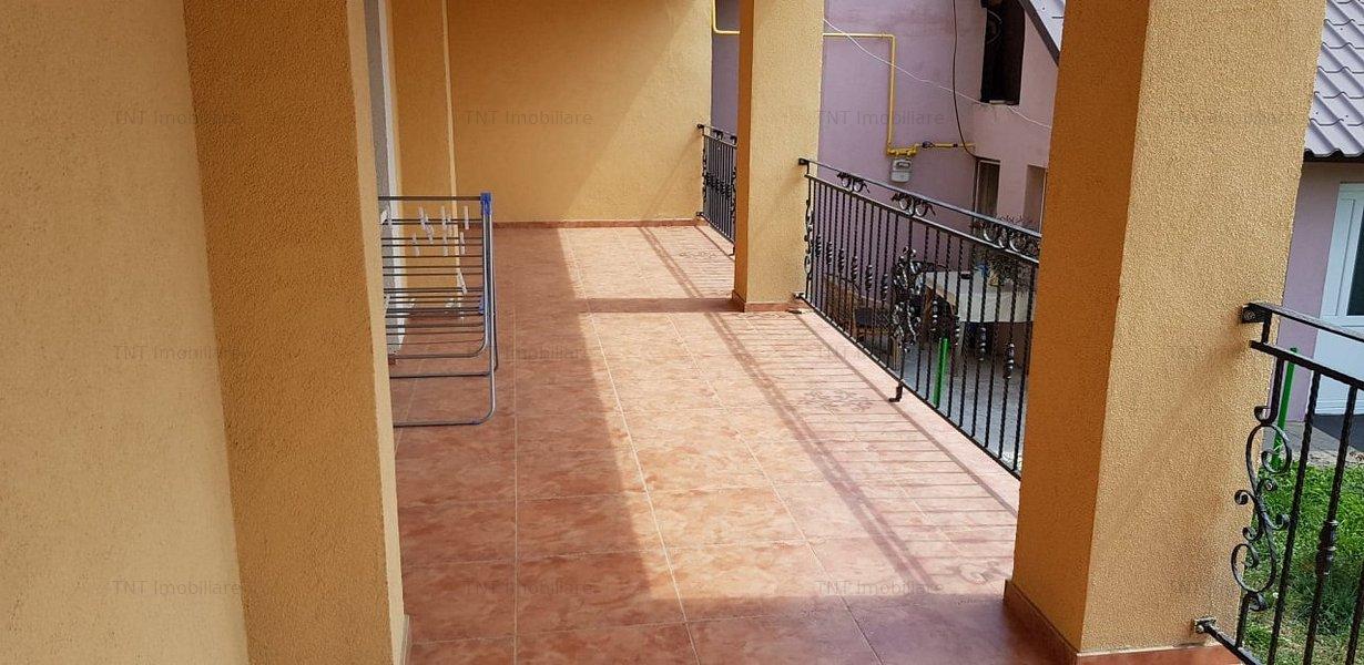 Vila din 2018 de 180mp utili cu 6 camere si 750mp teren la 165000euro - imaginea 7