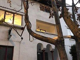 Casa de vânzare sau de închiriat 10 camere, în Bucuresti, zona Cotroceni