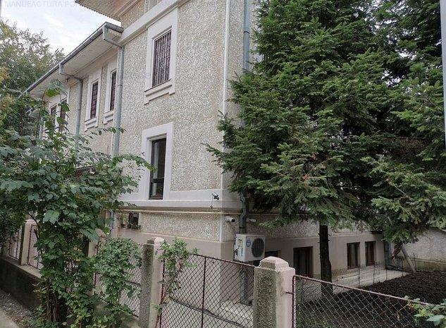 Vanzare vila brancoveneasca renovata D+P+1+M Cotroceni metrou - imaginea 1
