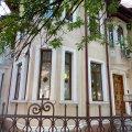 Casa de închiriat 18 camere, în Bucureşti, zona Cotroceni