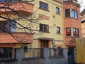 Casa de închiriat 14 camere, în Bucureşti, zona Cotroceni